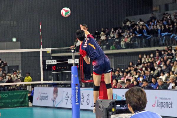 高橋藍・東山高校・男子バレーボール