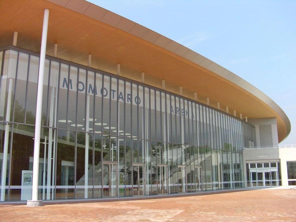 ジップアリーナ岡山(岡山県総合グラウンド体育館)