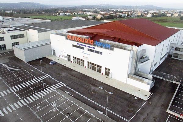 Palasport Eurosuole Forum,ルーベ・チヴィタノーヴァ,イタリア・セリエAバレーボールチーム
